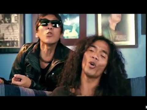 Download Slank - Ku Di Negri Orang (Official Music Video)
