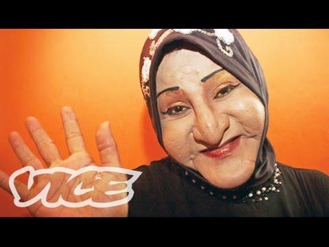 Xxx Mp4 Indonesia 39 S Transsexual Muslims Documentary 3gp Sex