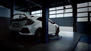 Honda 2017 Civic Type R vs 2015 Civic Type R Nürburgring Time Attack