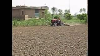 Test tractors Belarus-311 in Pakistan