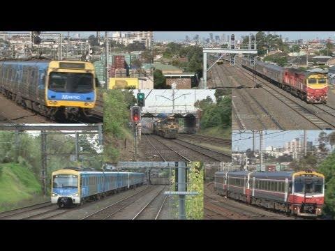 Australian trains : Diesel locomotives, DMU railcars and EMU's
