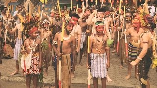 PNG Independence - Behind the News