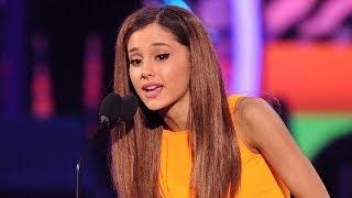 Ariana Grande and Sam & Cat Win BIG at Kids Choice Awards 2014