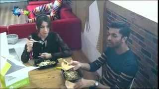 حديث بين سهيله ومحمد عباس على طاولة الغذاء ليوم الاثنين 19-10-2015