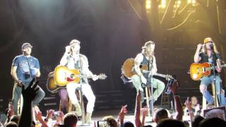 Florida Georgia Line Medley w/Cole Swindle & Jaren Johnston Live @ BB&T Pavilion