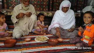 Aloo Wala Naan ❤ Stuffed Potato Naan Bread in Clay Tandoor Oven ❤ Village Food Secrets