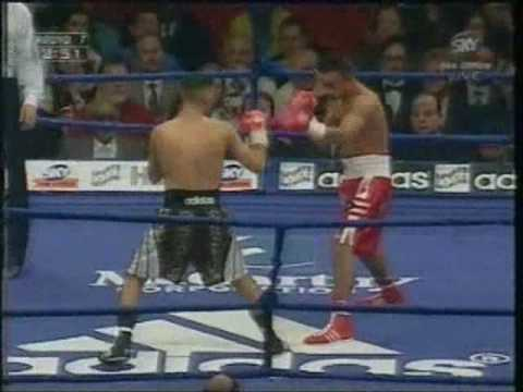 Prince Naseem Hamed vs Wilfredo Vazquez Highlights