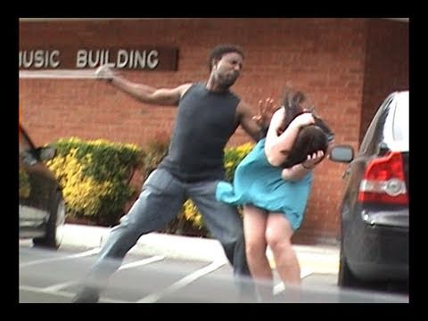 Stupid guy hits girlfriend