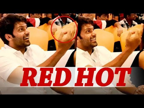 Xxx Mp4 Red Hot Arya Shows Middle Finger To This Actor Ghajinikanth Audio Launch Sayyeshaa 3gp Sex