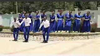 Njooni Tumshukuru Mungu. Na Bernard Mukasa Kwaya ya mt Antony wa Padua Mbeya Mjini