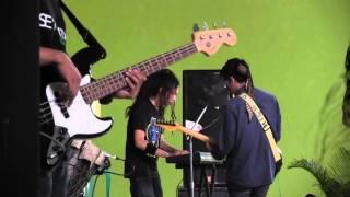 Diluar Batas Kemampuan - Rumput Laut (Live Indramayu)