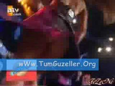 Hilal Cebeci Bomba Gibi Bir Frikik Sexy Tumguzeller.Org