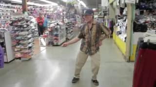Main tera boyfriend tu meri girl friend old man dancing
