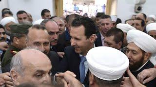 الأسد يؤدي صلاة العيد في حماة في أول ظهور علني منذ عام