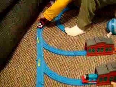 Max el segundo Video de Thomas y sus amigos