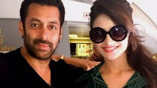 OMG! Urvashi Rautela makes a DESPERATE Attempt to be with Salman Khan | SULTAN