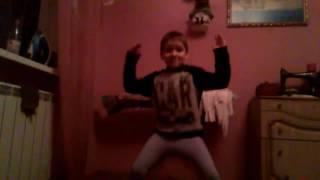Вог/Ребенок насмотрелся танцев на ТНТ