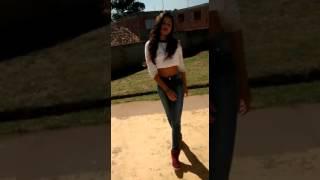 Menina De 14 Anos Arrasa Dançando