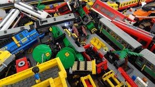 Lego train crash with 13 Lego trains with Metroliner, Horizon Express, 60051, 60052