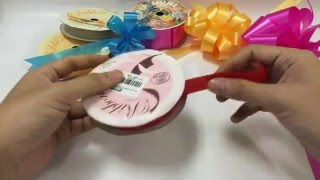 HOW TO MAKE AN EASY GIFT RIBBON BOW STEP BY STEP POMPOM POM POM PON MUST WATCH