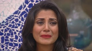 Bigg Boss 9 | Salman Khan Makes Rimi Sen Cry !
