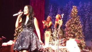 """""""Ribbons and Bows"""" Kacey Musgraves Live Joliet 12.15.16"""