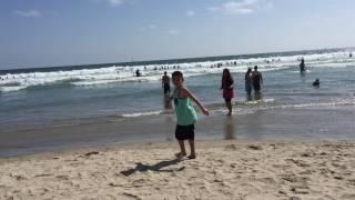 Don't wet your clothes! Venice Beach