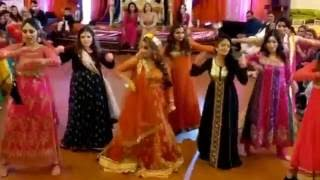 BEST BRIDESMAIDS MEHNDI DANCE (Kala Chashma, High Heels, London Thumakda, Balle Balle and More)