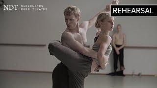 Rehearsal 'Wir sagen uns Dunkles' - Marco Goecke (NDT 2 | Schubert)
