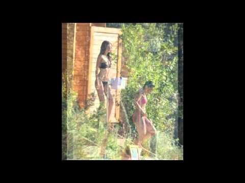 Defne Samyeli ve kızı Deren Talu seksi tatil görüntüleri