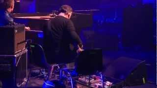 Pianohooligan & Adrian Utley (Portishead) |