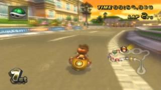 Mario Kart Wii - Baby Daisy in Daisy Circuit