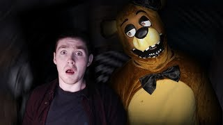 MINECRAFT REAL LIFE | FREDDY FAZBEAR COMES TO THE REAL LIFE LITTLE CLUB HQ