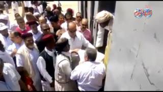 أخبار اليوم    فيديو  محافظ مطروح يوزع ١٢٠ ألف جنيه هدية الرئيس السيسي على أهالي قرية الجارة الصغيرة
