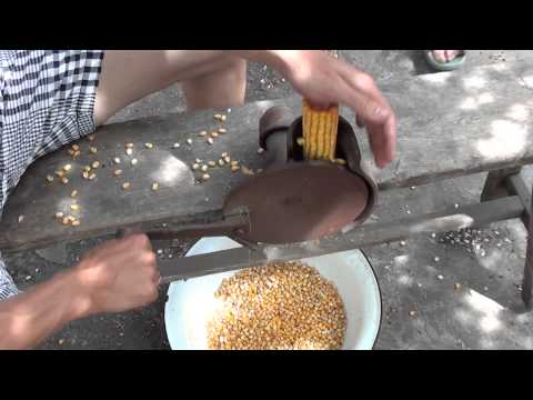 Как измельчить кукурузу в домашних условиях видео