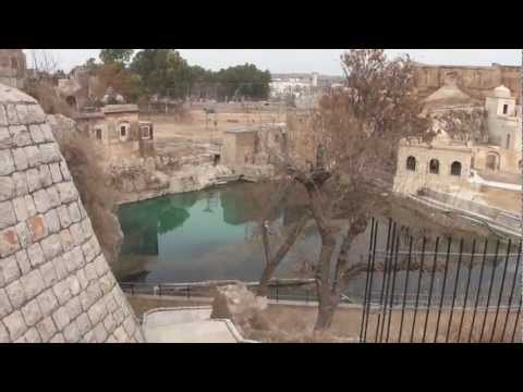 Documentary on 200 300 BC Mandir of Katas Raj 11 Feb 2012 near Kalar Kahar Salt Range Pakistan