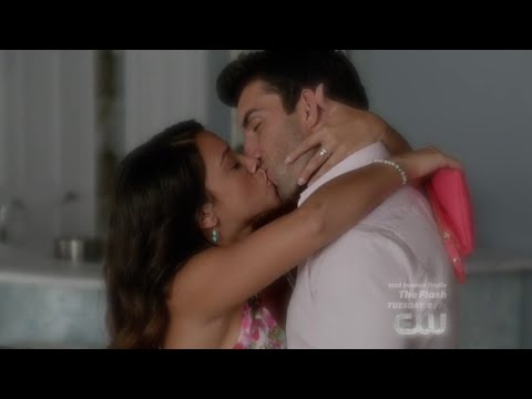 Xxx Mp4 Jane The Virgin 1x08 Jane And Rafael Hot Make Out Scene 3gp Sex