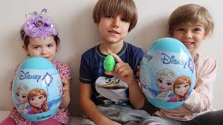 Disney GIANT Frozen Toys Eggs vs Sammie