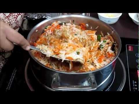 Chicken Biryani Recipe in Hindi with Captions in English