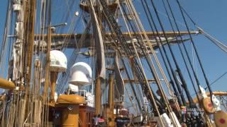 Marina Militare - L'apertura delle vele di nave Vespucci
