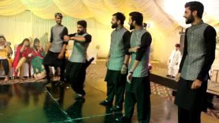 Best Mehndi dance 2016 by groom friends at Jafar & Irwah Rasm-e-hena(Kolaveri Kolaveri dance)
