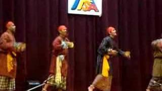 Moina Chalak chalak (Dance show)