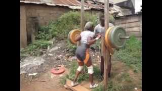 No Gym, No excuses ! Street Workout in Africa