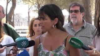 Teresa Rodríguez (Podemos) visita la zona afectada por el incendio