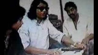 Kari Amir Uddin : Ami Jar Pirithe Hoilam Pagol