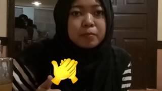 Ketika turis ITALIA mencicipi dan menjelaskan makan INDONESIA