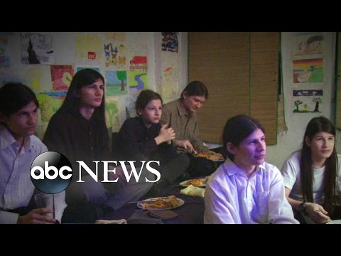 Wolfpack Brothers Grew Up Locked in NYC Apartment for Years 20 20 ABC News