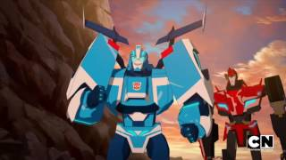Transformers: Robots in Disguise: Combiner Force: Meet Blurr