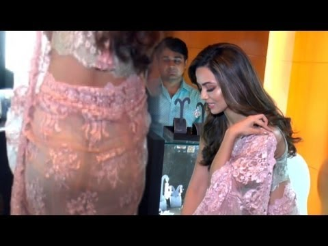 Xxx Mp4 Sana Khan Butt Exposed In See Through Saree 3gp Sex