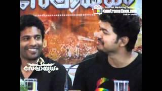 Ilayathalapathy VIJAY speaks about Malayalam Super Stars Mammootty & Mohanlal